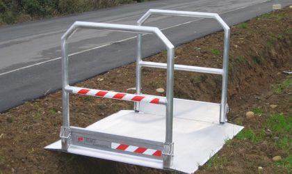 Hliníkové prenosné mostíky do dĺžky 6 m so skladacím a odnímateľným zábradlím