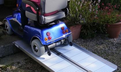 Prenosné skladacie rampy pre invalidné vozíky