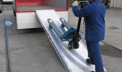 Hliníková rampa, širokoplošná pre paletové vozíky a inú mechanizáciu